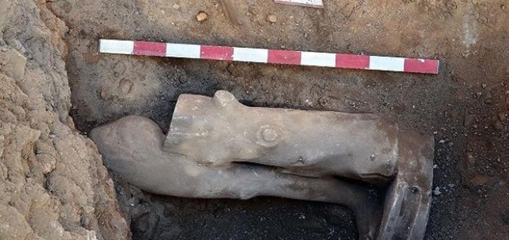 muglada-2-bin-300-yillik-sporcu-heykeli-bulundu-700x475
